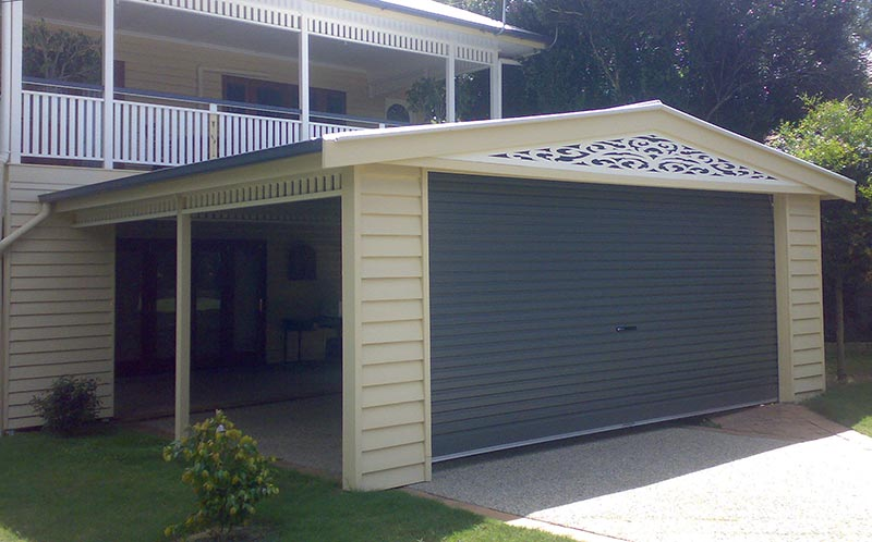 A Queenslander and a Mr Carports carport - can't get more Aussie than that!