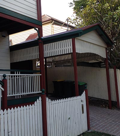 This stylish Brisbane single carport is a fantastic addition to the home.