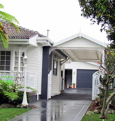 This Sydney carport is as practical is as it is pretty, thanks to some a clever design by Mr Carports.