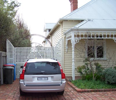 The before and after of a Melbourne carport project clearly demonstrates the protection a carport can provide.