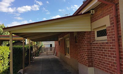 Never get caught in a downpour while parked beside your home again – invest in a new Sydney carport.